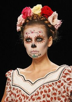 miss. AntButterfly .. DIY & Fashion ...: La elegante Catrina!  Elsa's Makeup : Foundation Makeup Base AND CHIN MAKEUP