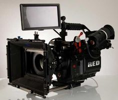 I found 'Epic Red Camera' on Wish, check it out!