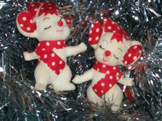 Pair of Vintage Flocked Christmas Mice Japan by thetrendykitchen, $6.00