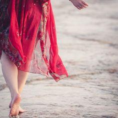Threads of a Fairytale (@threadsofafairytale) • Instagram photos and videos Fairytale, Kimono Top, Cover Up, Photo And Video, Videos, Photos, Instagram, Tops, Dresses
