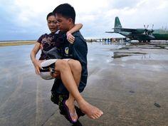 Typhoon Haiyan: UN dramatically raises death toll to more than 4,400 - World News