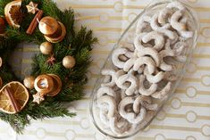 Christmas Sweets, Christmas Baking, Christmas Cookies, Christmas Wreaths, Burlap Wreath, Food And Drink, Table Decorations, Holiday Decor, Být Fit