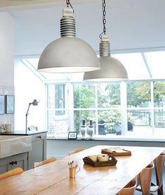 industrial lamps - contemporary country kitchen - Te gekke lampen van Frezoli bij Molitli Interieurmakers