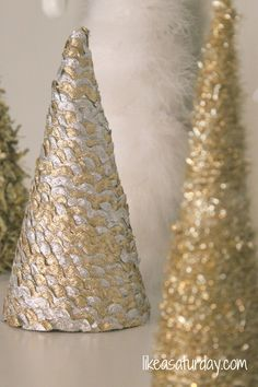 Blue And Gold Christmas Tree Decorations Modern Home Interior Design Ideas: Rustic Modern Home Decor Red And Gold Christmas Tree Decorations Christmas Decorations Ideas Holiday Garland. Cone Christmas Trees, Gold Christmas Tree, Winter Christmas, Christmas Holidays, Cone Trees, Christmas Projects, Christmas Crafts, Silver Christmas Decorations, Tree Decorations