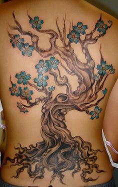 25 Cool Tree Tattoos on Back