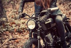 moto girl  This is my model of bike! I adore the Honda Cafe racers! From what I can tell I think it's a C300 I think! Xx