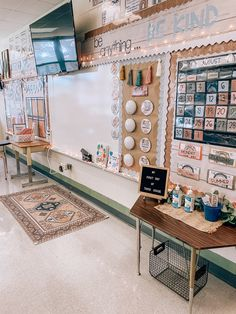 Elementary Classroom Themes, Kindergarten Classroom Decor, Classroom Layout, Middle School Classroom, First Grade Classroom, Classroom Setting, Classroom Design, Future Classroom, Classroom Ideas