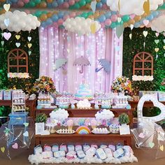 Mais detalhes da festa que teve muita chuva de amor! 💕💗🌈☔💧 #promoveeventos #festachuvadeamor #chuvadeamor #temachuvadeamor #festainfantil… Cloud Party, Baby Shower Decorations For Boys, Birthday Decorations, Girl Birthday, Birthday Parties, Ideas Para Fiestas, Rainbow Baby, Childrens Party, Unicorn Party