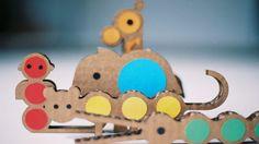 #JUEGOS #DIY #INFANTIL - Los animales de Jungling - JUNGLING by Milimbo. Hemos creado nuestra propia Jungla de cartón. Una tropa de fieros animales que buscan compañeros de juego. Animales geométricos, casi matemáticos pero sobretodo éticos y muy naturales. Puedes jugar montando tu propia selva, con este kit de animales, árboles, plantas y una selvática cabaña.  CAMPAÑA: http://www.verkami.com/projects/1592-jungling  CONSÍGUELO: http://www.milimbo.com/