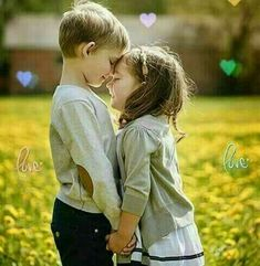 """"""" 🧡💛💚💙💛is a many splendored thing💖💖💖. Kids In Love, Cute Kids Pics, Cute Baby Girl Pictures, Cute Baby Couple, Cute Couples, Cute Babies, Kids Kiss, Cute Baby Wallpaper, Cute Kids Photography"""