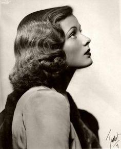 Gene Tierney, i.e. Katherine Marshall ~ The Studio Commissary