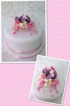 Lilac, cream & pink wedding cake
