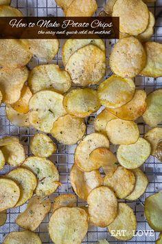 How to Make Potato Chips | eatthelove.com #snacks