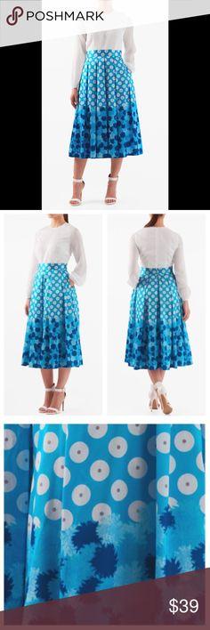 "New Eshakti Mixed Media Fit & Flare Dress 18W New Eshakti floral fit & flare dress 18W Measured flat: underarm to underarm: 43"" Waist: 38"" Length: 45 1/2"" Sleeve: 20 1/2"" Eshakti guide for 18W bust: 45"" Bodice darts to shape, back hidden zipper. Banded waist, box pleat flared skirt w/side seam pockets. Bodice: lined polymoss crepe. Polyester, woven chiffon, sheer, lightweight. Skirt: Lined in polytaffeta. Polyester, woven dupioni, lightly textured slubs, light sheen. Dry clean. New w/ cut…"