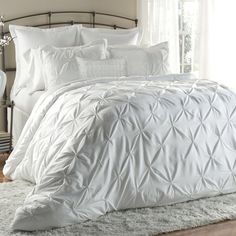 Alexis Embroidered Comforter Set in White