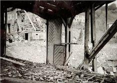 Photobibliothek.ch - Bombardierung der Brücke Diessenhofen 1944 Simple Machines