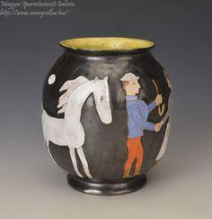 Horses, Ceramics, Artist, Beautiful, Home Decor, Hall Pottery, Pottery, Decoration Home, Ceramic Art