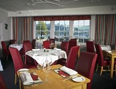The Grill Room in Dartmouth's famous Royal Castle Hotel serve wonderful steaks.