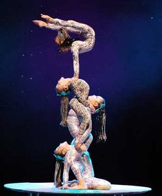 cirque acrobatic tier of people Dance Photography, Artistic Photography, Aerial Acrobatics, Amazing Gymnastics, All About Dance, Acrobatic Gymnastics, Gymnastics Workout, Lift And Carry, Contortion