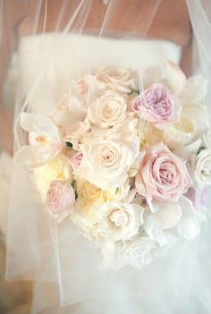 How romantic is this bouquet?  » The Lovely Bits