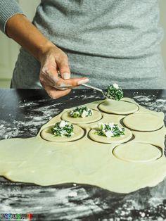 Gyoza, Feta, Recipe Boards, Polish Recipes, Group Meals, Dim Sum, Tortellini, Bread Rolls, Food To Make