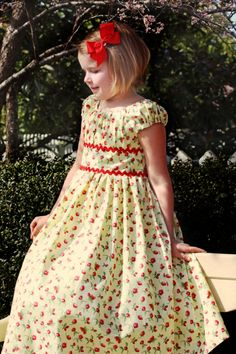 Olivia's Dress | YouCanMakeThis.com