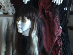 Life Size Animatede Gothic Halloween Bride www.doll-lovers-paradise.com