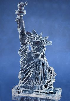 Clear Memories - World Class Ice Sculptures New York Christmas, Blue Christmas, Snow Sculptures, Sculpture Art, Ice Art, Map Pictures, Snow Art, Ice Ice Baby, Snow And Ice