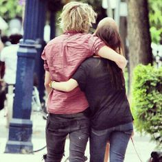 I love them!! Lily Collins and Jamie Campbell Bower
