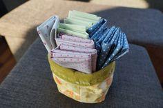DIY: Stofftaschentücher und passende Tasche nähen – bluebottles Reduce Waste, Zero Waste, Diy And Crafts, Upcycle, Food, Diys, Diy Bags, Refashion, Housekeeping