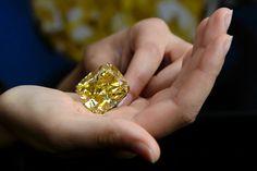 100 carat yellow diamond