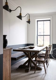 floating wall bench, farm table and two tone walls New York Brownstone, Brooklyn Brownstone, Brooklyn Apartment, Half Painted Walls, Half Walls, Diy Interior, Interior Design, Interior Painting, Interior Decorating
