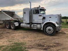 Peterbilt 359, Peterbilt Trucks, Equipment Trailers, Semi Trucks, Buses, American, School, Busses, Big Rig Trucks