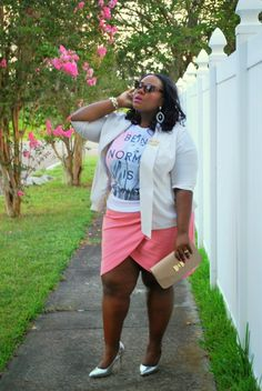 Musings of a Curvy Lady in a Deb Shops graphic tee