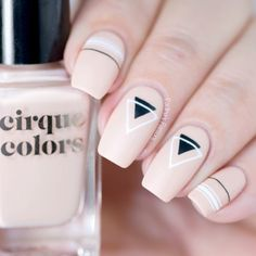 Want some ideas for wedding nail polish designs? This article is a collection of our favorite nail polish designs for your special day. Nail Art Cute, Pretty Nail Art, Cute Nails, Classy Nails, Stylish Nails, Simple Nails, Minimalist Nails, Nail Manicure, Diy Nails