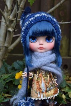 Beautiful blue <3  Custom doll by BlytheAdore.