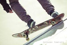 Venturi, F. 2012, Skateboarding, Flickr, viewed 10 March 2014, .