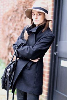 зеленая шляпа и зеленое пальто фото - Поиск в Google