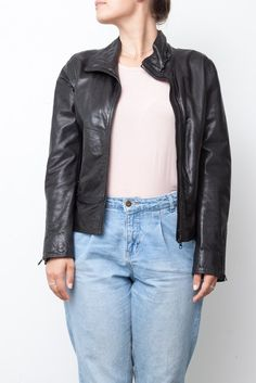 Manteau en cuir noir Mannequin, Leather Jacket, Collection, Jackets, Fashion, Black Leather, Fall Winter, Studded Leather Jacket, Down Jackets