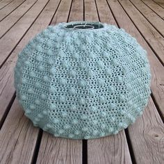 Grab an Old Frame and Crochet This Awesome Lampshade   KnitHacker