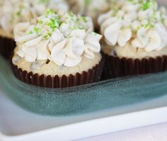 Irish Cream Cupcakes with Baileys Buttercream Frosting
