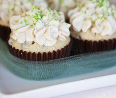 Irish Cream Cupcakes with Baileys Buttercream Frosting