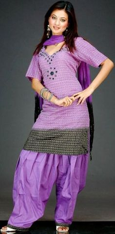 Latest-Beautiful-Patiala-Salwar-Kameez-Collection-2012-13-For-Girls