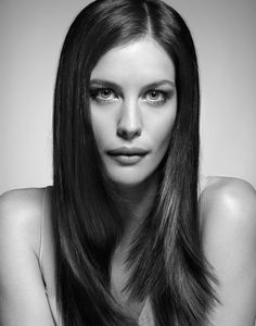 """Welcome to Loving Liv Tyler! Liv Tyler (born July is an American actress, best known for her role as Arwen in """"The Lord of the Rings"""" trilogy. Steven Tyler, Liv Tyler Hair, Most Beautiful Women, Beautiful People, Bebe Buell, Actrices Hollywood, Celebrity Portraits, Black And White Portraits, Poses"""