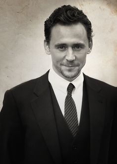 If ever I meet Tom Hiddleston I will constantly be asking him to repeat what he said because I'll get so lost looking into his eyes that I won't hear a word.<<< Repinning bc of that comment