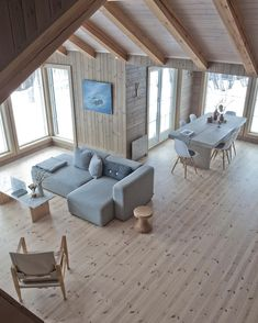 Cabin: Midt i hjertet Cabin Interiors, Wood Interiors, Cabin Homes, Log Homes, Scandinavian Cabin, House In The Woods, Cabana, My Dream Home, Home Fashion
