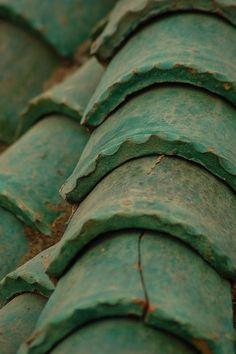 Tejas de una madraza en la localidad de Mequinez (Marruecos)