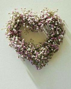 Pretty, pink heart wreath ~ made of dried flowers~❥ Wreaths And Garlands, Door Wreaths, Valentine Wreath, Valentines, Corona Floral, Heart Wreath, Arte Floral, Diy Wreath, Wreath Ideas