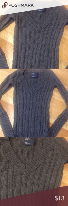 American Eagle Knit Sweater Gray long sleeve v neck sweater from AE. Size small. Pull over, easy to layer. No stains or holes. Great quality from AE. American Eagle Outfitters Sweaters V-Necks