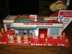 , Vintage Tins, Stations Plays, Marx Toys, Plays Sets, Gas Stations ...